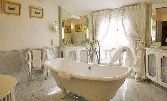 I 10 bagni più belli del mondo - Armonie Ceramiche