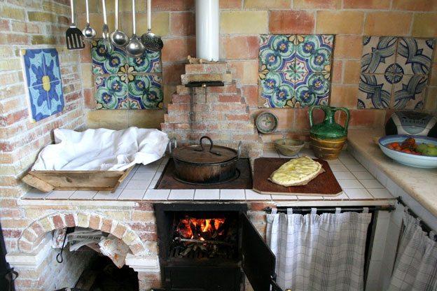 Le 4 cucine (in ceramica) più belle di sempre - Armonie Ceramiche