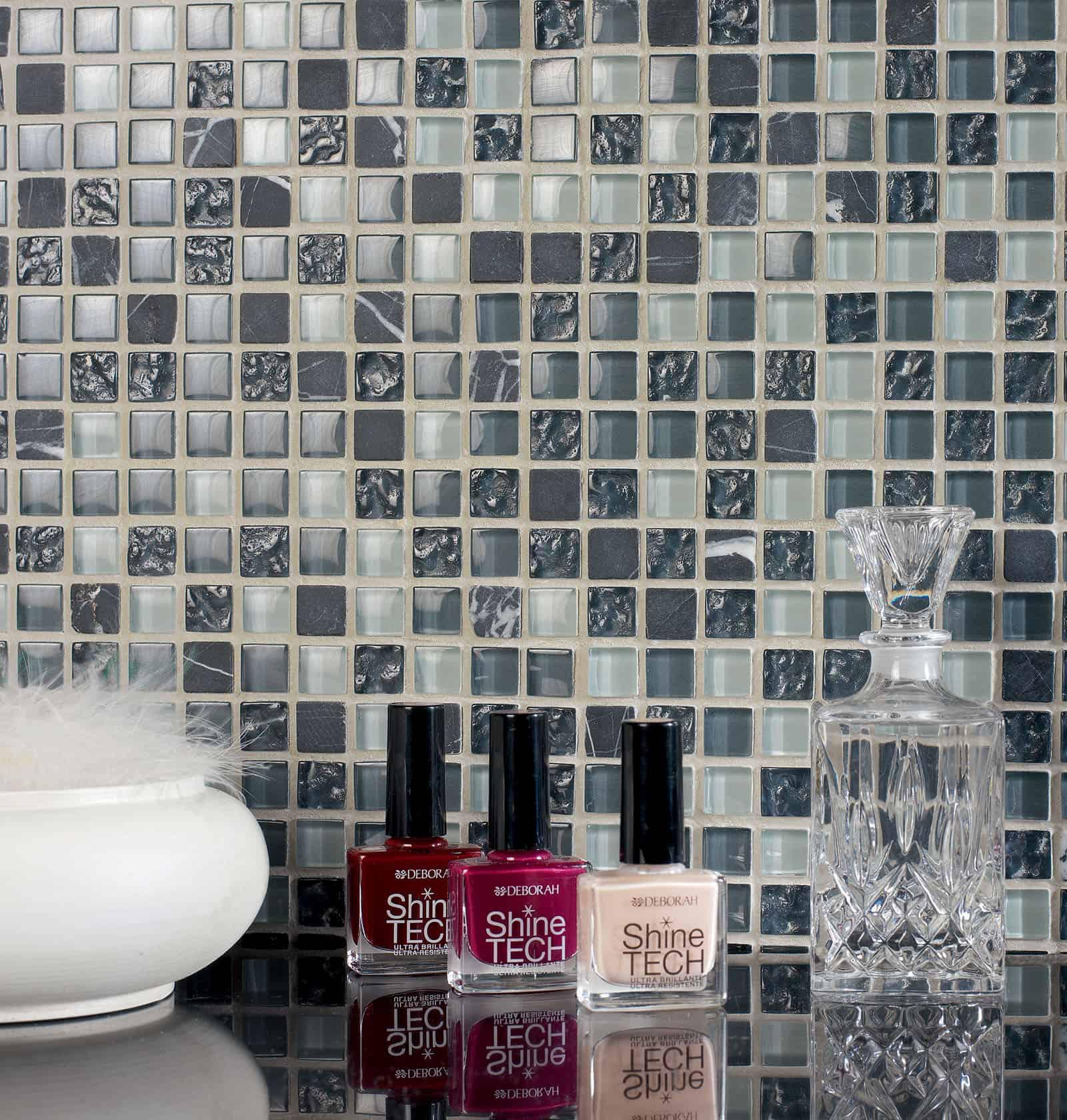 Serie baie pavimenti e rivestimenti armonie ceramiche for Piastrelle bagno mosaico grigio