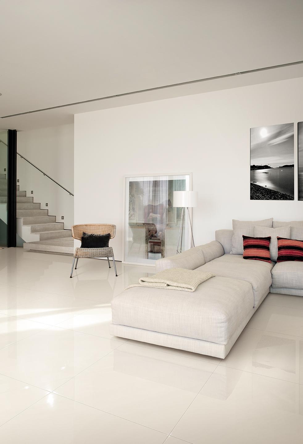 Serie urano pavimenti e rivestimenti armonie by arte casa for Pavimento bianco e nero